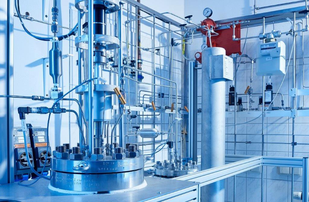 From propane to hexane: EDL's innovative pilot plant opens up new opportunities to process re-finery residues